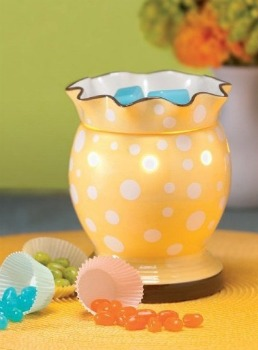 Scentsy-Easter-Warmers, yellow candle warmers