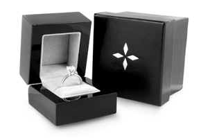 Diamond-Ring-Jewelry-Packaging