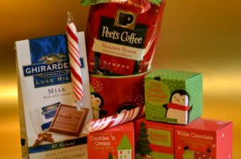 Easy Gift Ideas with Peet's Holiday Blend!