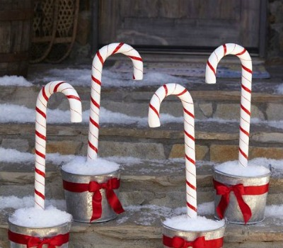 candy-cane-stakes