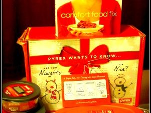 Pyrex Holiday Prize Pack Giveaway ($25 Gift Card, Pyrex dishes, oval baking dish & more!)