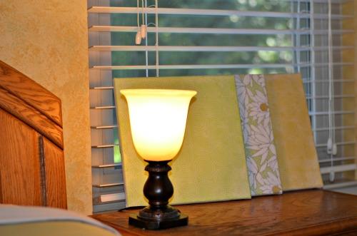 bedroom uplight