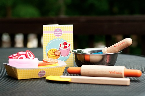 wonderworld baking set