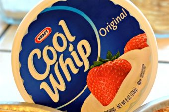 COOL WHIP – the perfect addition to everyday desserts!