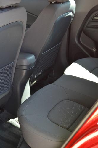kia rio backseat