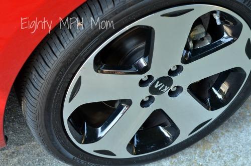 kia rio tires