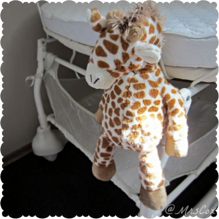 Cloud B giraffe, stuffed animals, plush giraffe