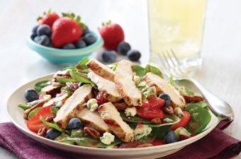 applebee's seasonal berry and spinach salad