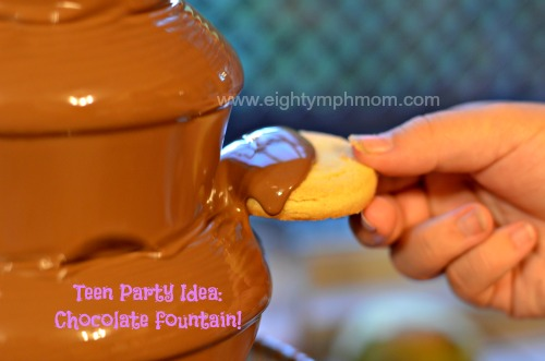 chocolate fountain,teen party food,cookies
