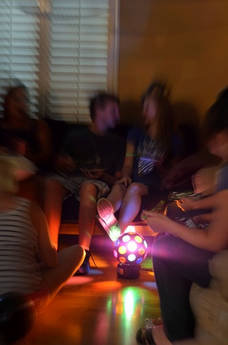 teen,party,idea,activities,disco light