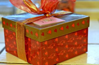 Harvard Sweet Boutique Valentine's Day Cookies and Brownies Review