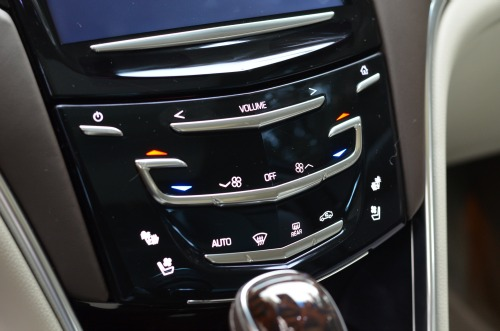 cadillac xts,stereo,review