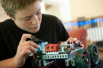 iD Tech Camps – fun for the kids this summer!