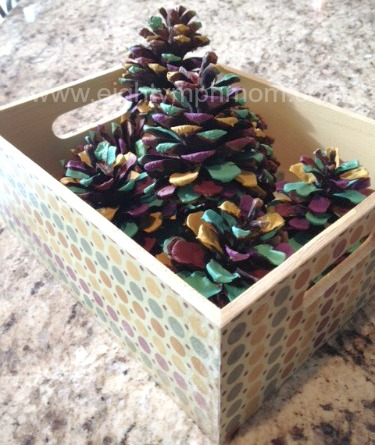 DIY Home Decor - Painted Pine Cones