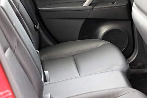 mazda 3,back seat,legroom