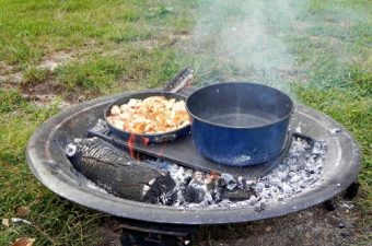 Bugaboo Camper Cook Set Featuring Teflon