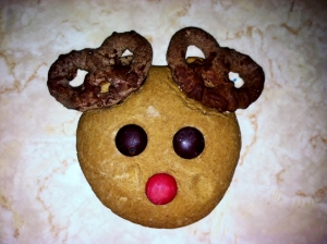 HERSHEY'S 2013 Holiday Collection Chocolate Pretzels Reindeer Ears