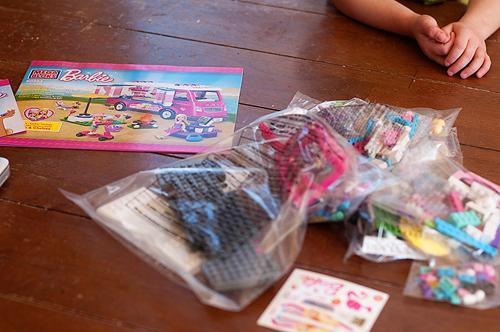 Assembly, Mega Bloks, Barbie Build 'n Play, Luxe Camper