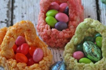 Rice Krispie Treats,easter,baskets,fun food