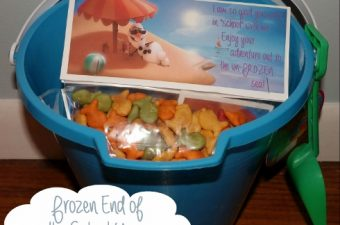 DIY Frozen End of the School Year Bag Toppers