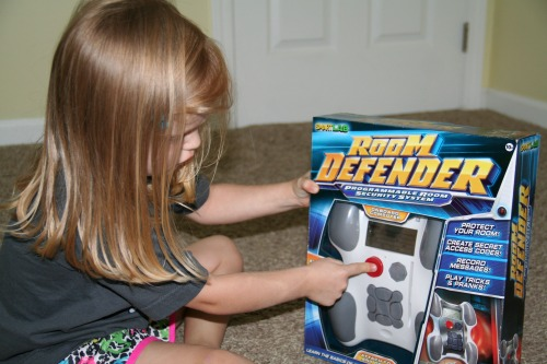 Smartlab Room Defender Helps Kids Keep Unwanted Visitors