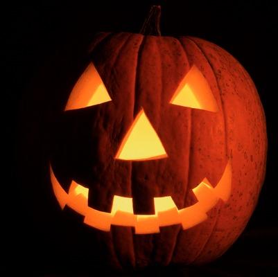 jack-o-lantern,energizer,safety tips,Halloween,#PoweringSafety