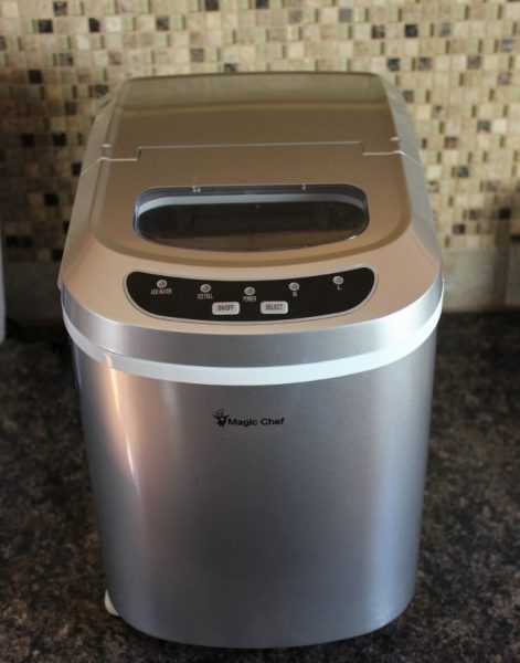 Magic Chef Countertop Ice Maker Directions : ... Tea!? Thanks to the Magic Chef Countertop Ice Maker , I never will