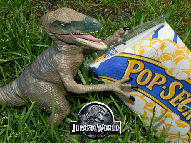 Jurassic World - Popcorn & Raptor
