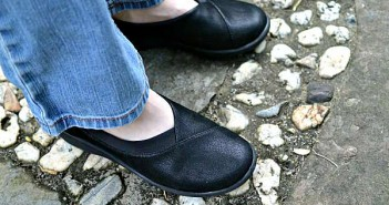 clarks-cloud-steppers-4