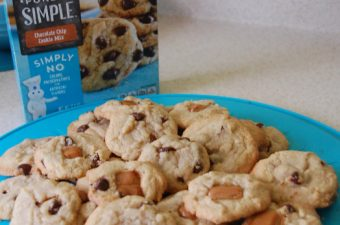 My Caramel Chocolate Chip Cookie Recipe with Pillsbury Purely Simple Blog Hop!
