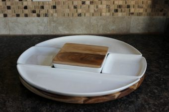 Spun Lazy Susan from Umbra for Entertaining!  Review
