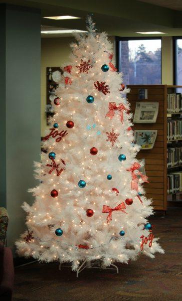 Treetopia_White_Christmas_Tree