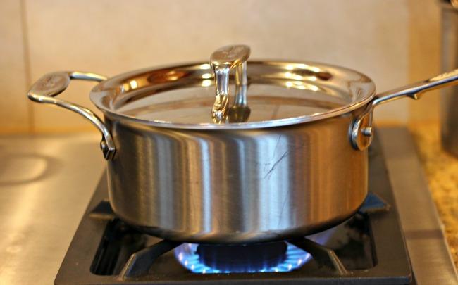 pot cooking oatmeal