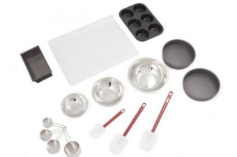 For the Chef Bakeware Set