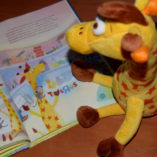 "Toys""R""Us The Legend of Geoffrey"