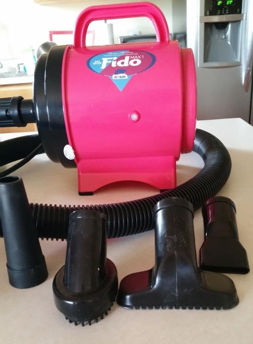 Fido Max dog dryer by B-Air