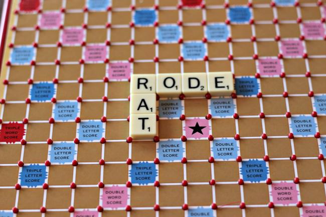 tile lock scrabble board