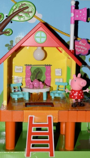 Peppa Pig's Treehouse & George's Fort Playset