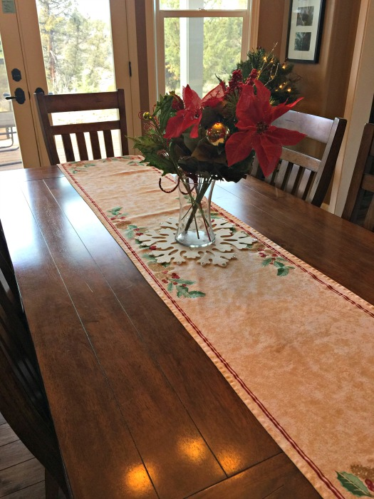 oriental trading christmas table runner