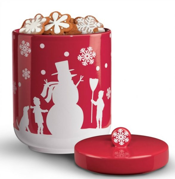 t16x300_snow day cookie jar
