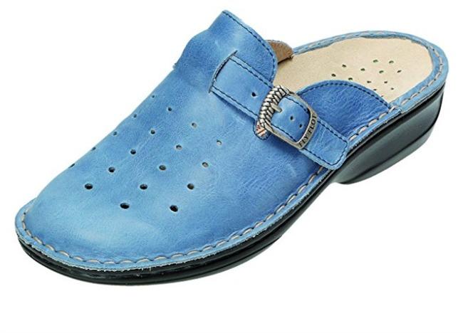 fly flot blue clogs