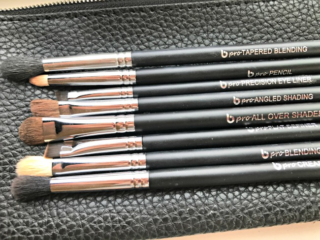 "Beauty Junkees ""peachy"" eye shadows & makeup brush set"