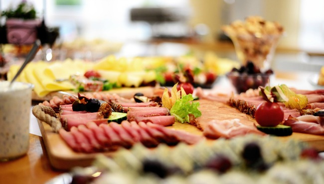 6 good reasons to consider a catered buffet for your next event