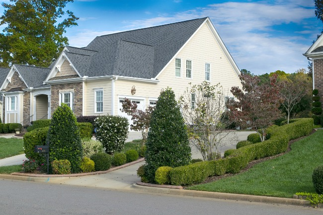 ideal Ways To Improve The Curb Appeal Of Your Home