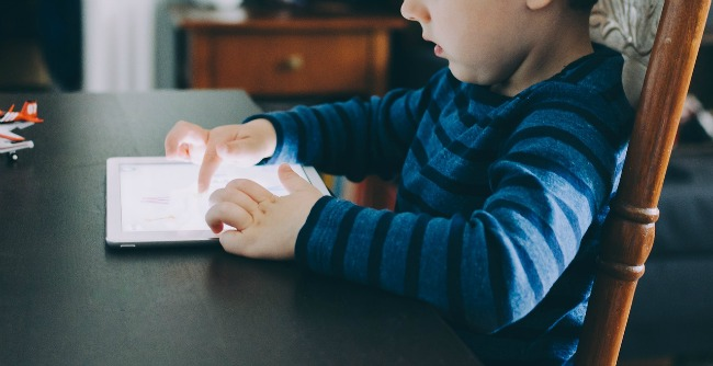 Are Your Kids Using Their Tech Devices Safely & Securely?
